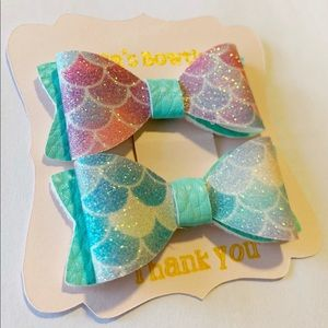 Mini mermaid hair bow